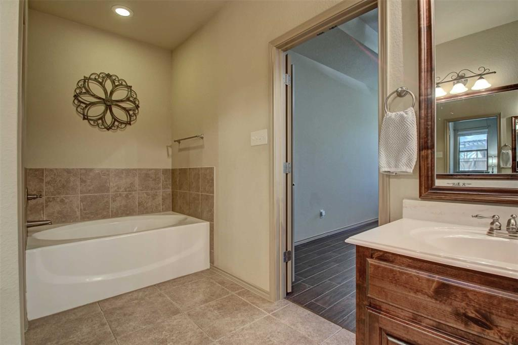 1684 Fraser Drive, Burleson, Texas 76028 - acquisto real estate best listing agent in the nation shana acquisto estate realtor