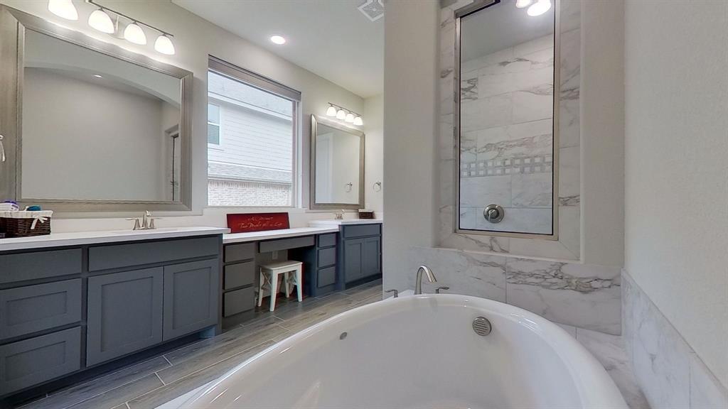1041 Brookfield  Drive, Prosper, Texas 75078 - acquisto real estate best frisco real estate agent amy gasperini panther creek realtor