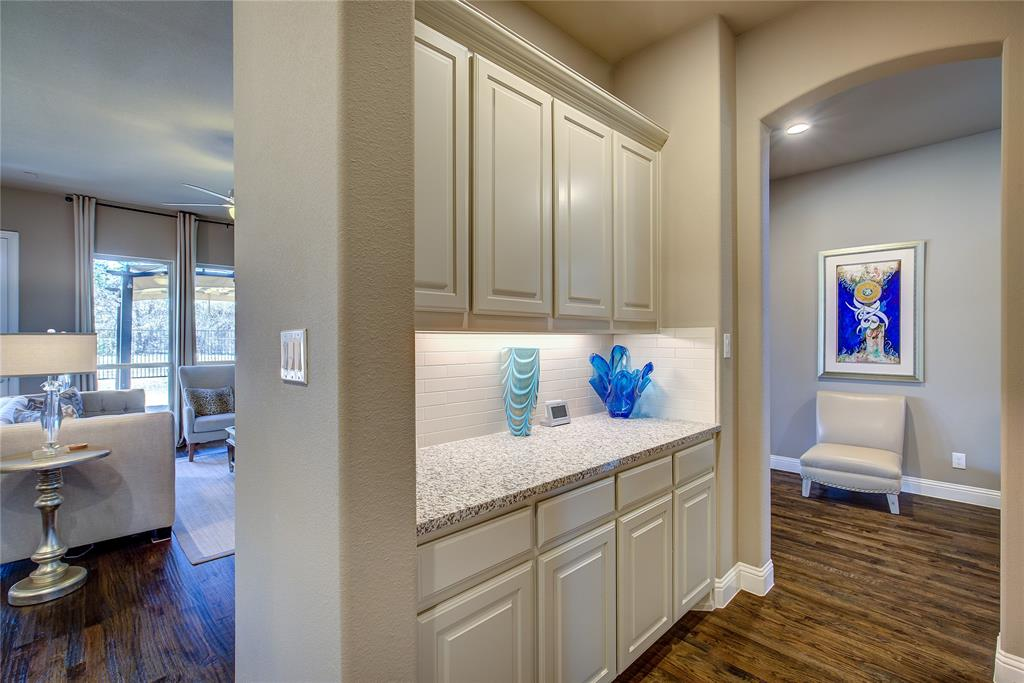 4194 Ravenbank Drive, Rockwall, Texas 75087 - acquisto real estate best investor home specialist mike shepherd relocation expert