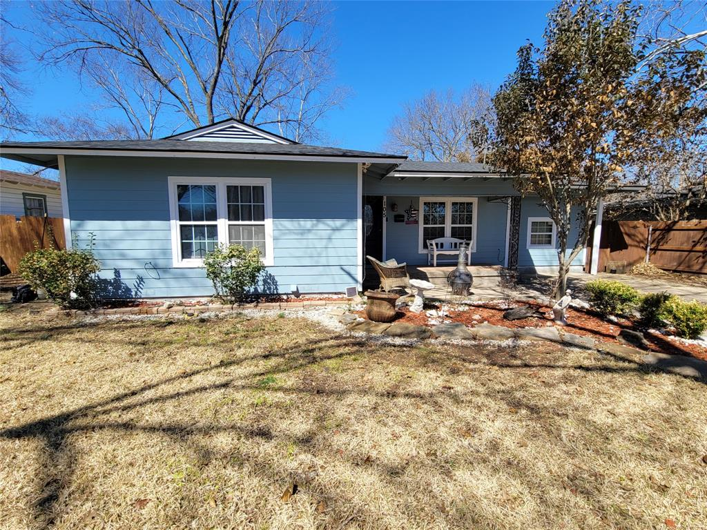 105 Charlotte  Avenue, Waxahachie, Texas 75165 - acquisto real estate best allen realtor kim miller hunters creek expert