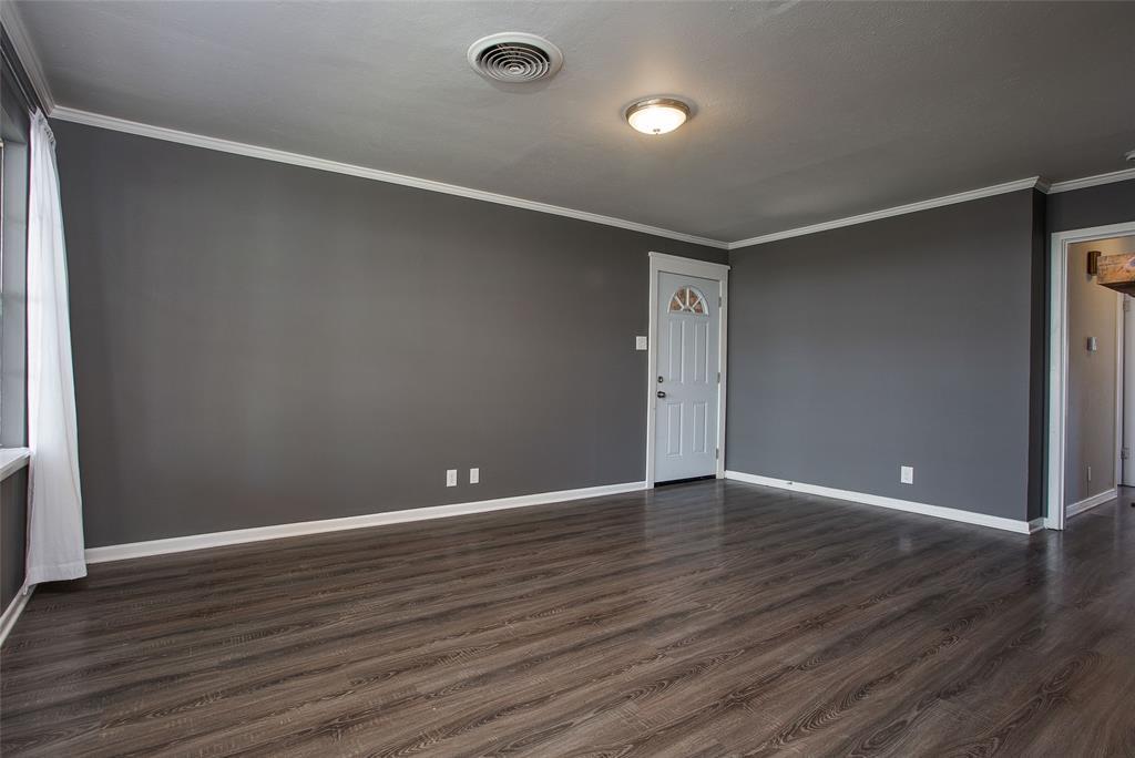 2700 Fuller Avenue, Fort Worth, Texas 76133 - acquisto real estate best highland park realtor amy gasperini fast real estate service