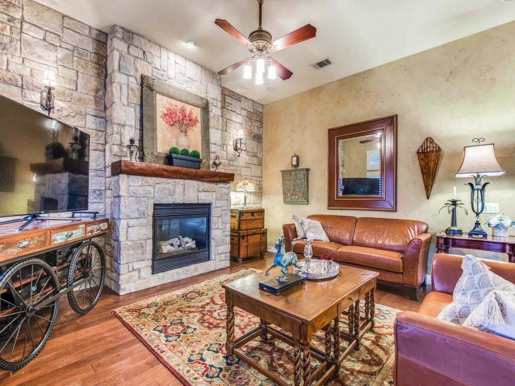 9005 Crestview Drive, Denton, Texas 76207 - acquisto real estate best celina realtor logan lawrence best dressed realtor