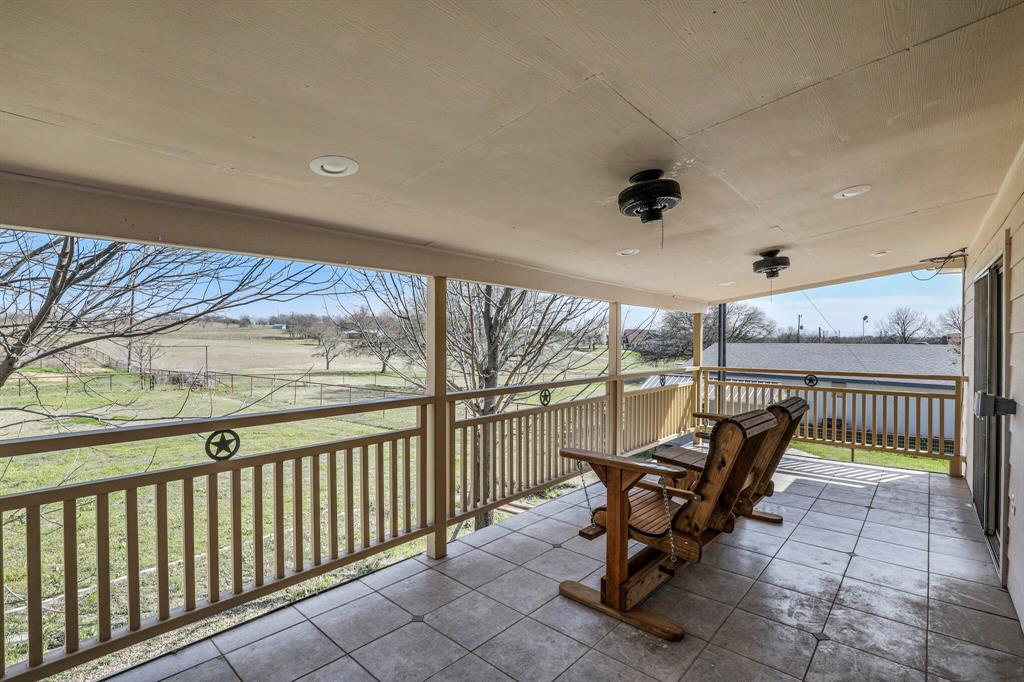 206 Beaudelaire Drive, Weatherford, Texas 76087 - acquisto real estate best realtor dallas texas linda miller agent for cultural buyers