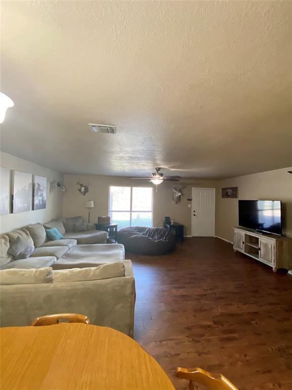 909 Shady Oaks  Drive, Bridgeport, Texas 76426 - acquisto real estate best allen realtor kim miller hunters creek expert