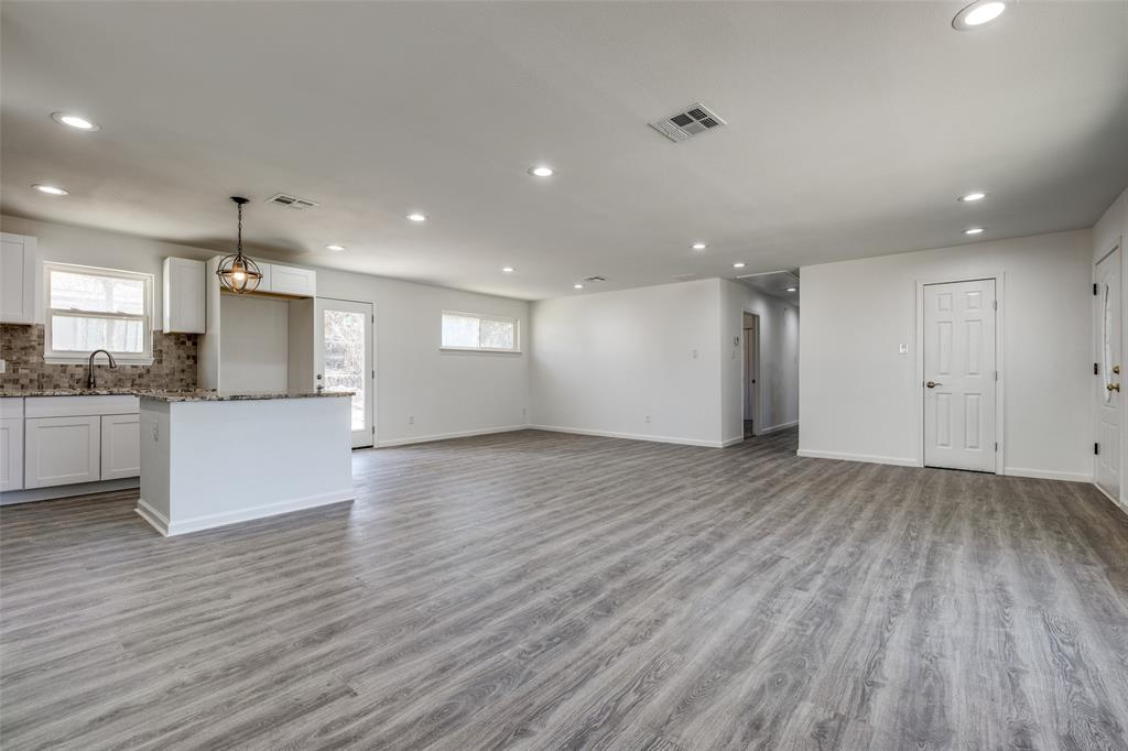 8746 Aldwick Drive, Dallas, Texas 75238 - acquisto real estate best real estate company in frisco texas real estate showings