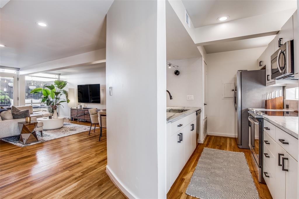 4251 Buena Vista Street, Dallas, Texas 75205 - acquisto real estate best listing listing agent in texas shana acquisto rich person realtor