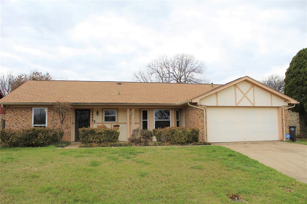 7048 Woodmoor  Road, Fort Worth, Texas 76133 - Acquisto Real Estate best plano realtor mike Shepherd home owners association expert