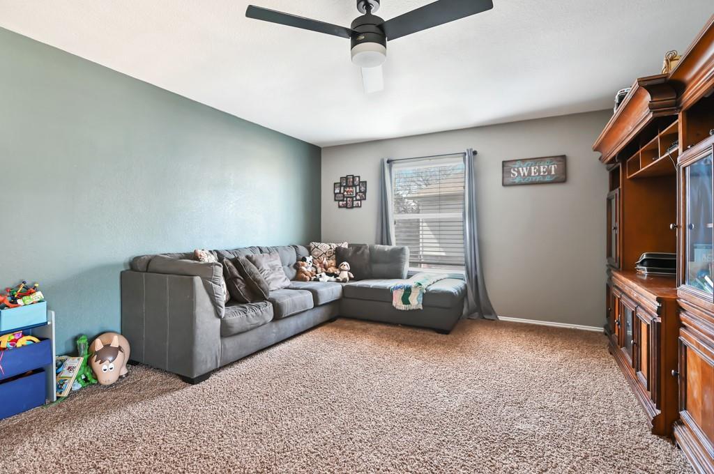 1428 Creekview Lane, Sherman, Texas 75092 - acquisto real estate best highland park realtor amy gasperini fast real estate service