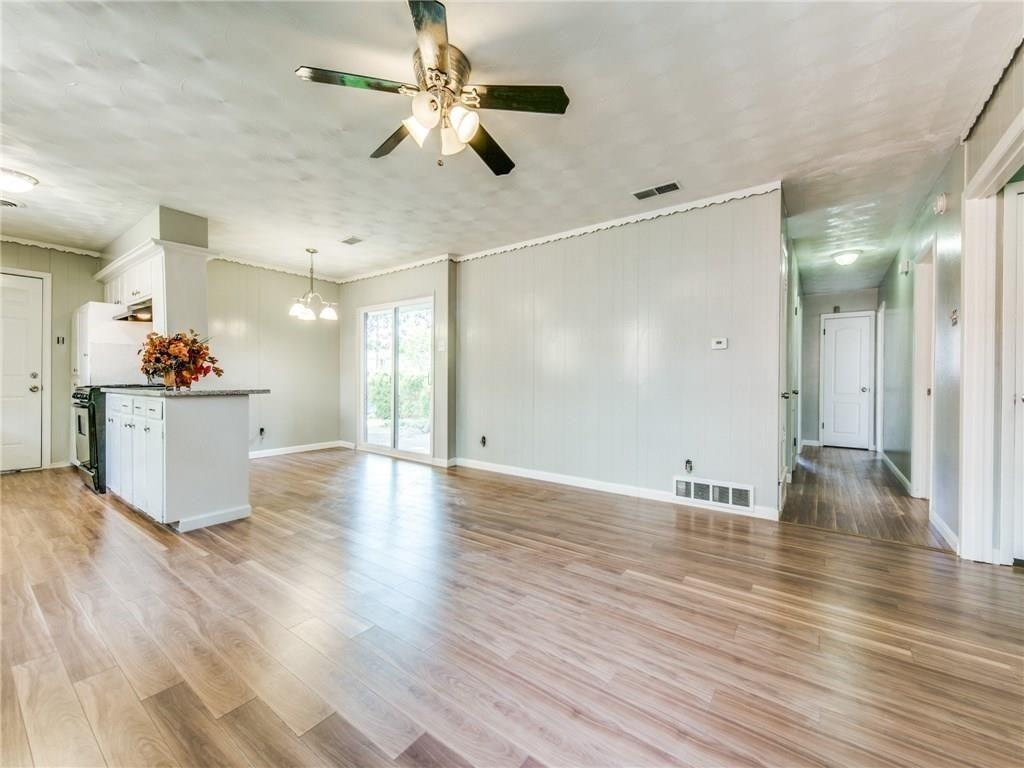 3044 Cliff Creek  Drive, Dallas, Texas 75233 - acquisto real estate best celina realtor logan lawrence best dressed realtor