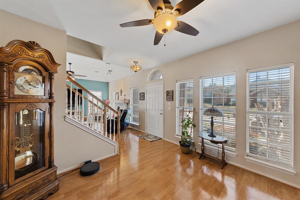 1352 Marken  Court, Carrollton, Texas 75007 - acquisto real estate best the colony realtor linda miller the bridges real estate