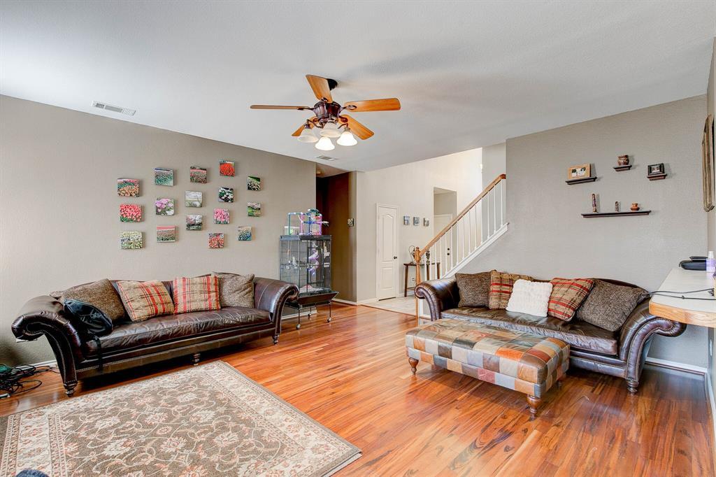 1332 Lyra Lane, Arlington, Texas 76013 - acquisto real estate best prosper realtor susan cancemi windfarms realtor