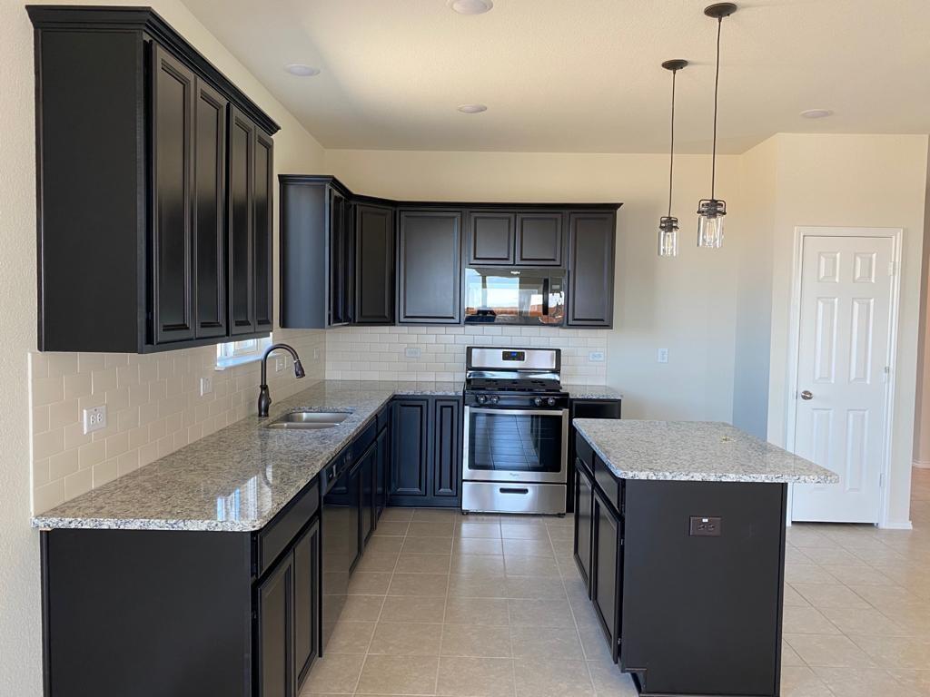 2913 Brisco Way, Aubrey, Texas 76227 - acquisto real estate best prosper realtor susan cancemi windfarms realtor