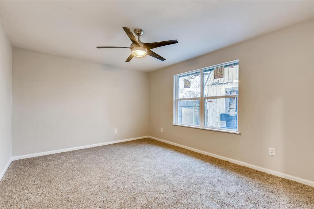 2912 Lawrence Street, Irving, Texas 75061 - acquisto real estate best realtor foreclosure real estate mike shepeherd walnut grove realtor