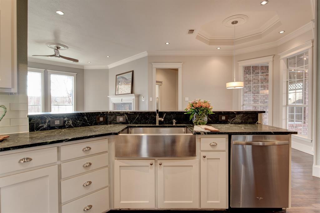 4700 Village Oak Drive, Arlington, Texas 76017 - acquisto real estate best designer and realtor hannah ewing kind realtor