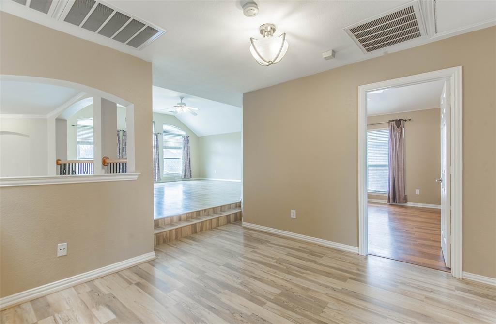 529 Salisbury Drive, Grand Prairie, Texas 75052 - acquisto real estaet best boutique real estate firm in texas for high net worth sellers