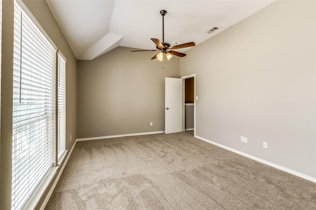823 Ogden Drive, Arlington, Texas 76001 - acquisto real estate best plano real estate agent mike shepherd