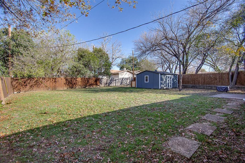 7804 Garza Avenue, Fort Worth, Texas 76116 - acquisto real estate best negotiating realtor linda miller declutter realtor