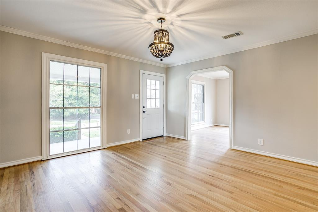 2939 6th Avenue, Fort Worth, Texas 76110 - acquisto real estate best flower mound realtor jody daley lake highalands agent of the year