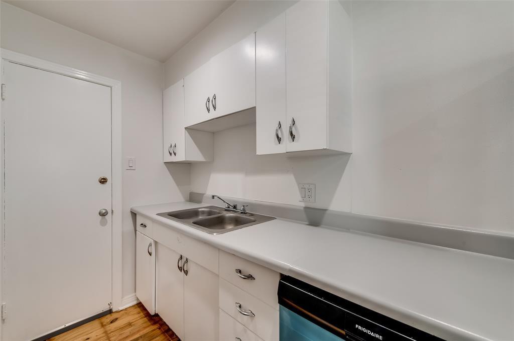 4134 Prescott Avenue, Dallas, Texas 75219 - acquisto real estate best listing agent in the nation shana acquisto estate realtor