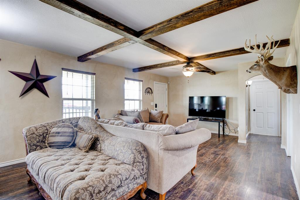 100 Mccrae  Lane, Boyd, Texas 76023 - acquisto real estate best highland park realtor amy gasperini fast real estate service