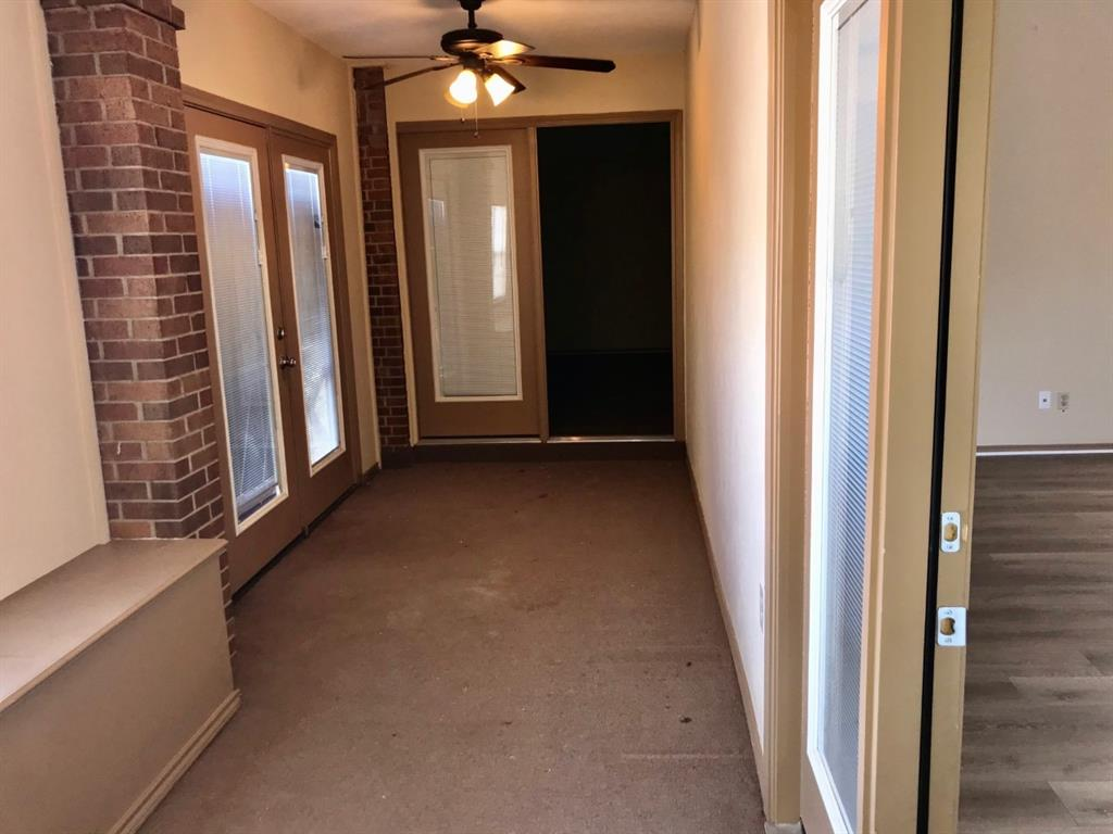 6903 Sammy Circle, Dallas, Texas 75237 - acquisto real estate best real estate company to work for