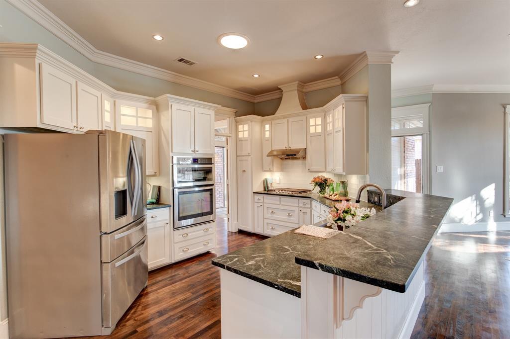 4700 Village Oak Drive, Arlington, Texas 76017 - acquisto real estate best new home sales realtor linda miller executor real estate