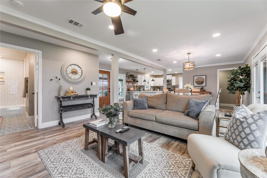 1209 Pine Street, Grapevine, Texas 76051 - acquisto real estate best listing listing agent in texas shana acquisto rich person realtor