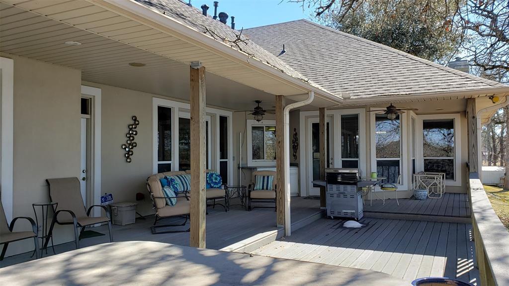 15990 Eastside Road, Tyler, Texas 75707 - acquisto real estate best park cities realtor kim miller best staging agent