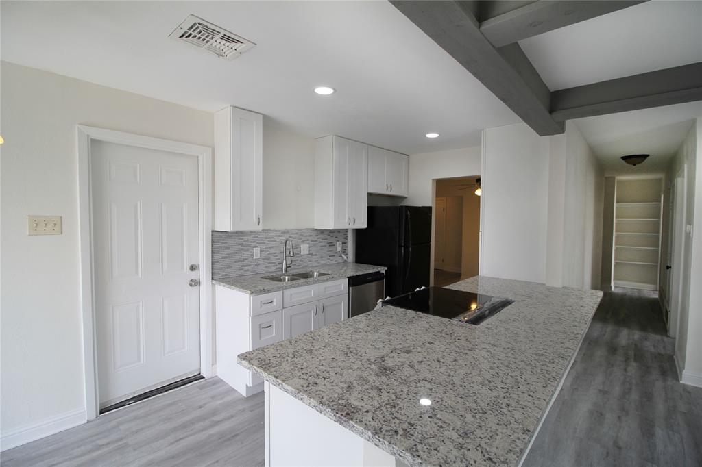 355 Delmar Court, Saginaw, Texas 76179 - acquisto real estate best photos for luxury listings amy gasperini quick sale real estate