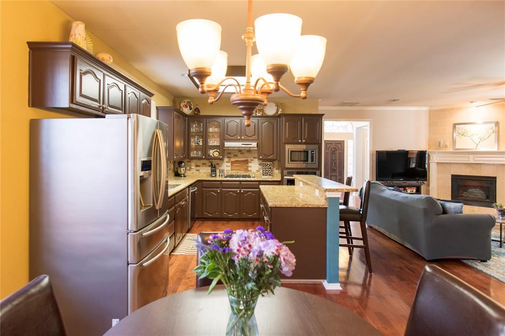 3847 Stockton Lane, Dallas, Texas 75287 - acquisto real estate best new home sales realtor linda miller executor real estate
