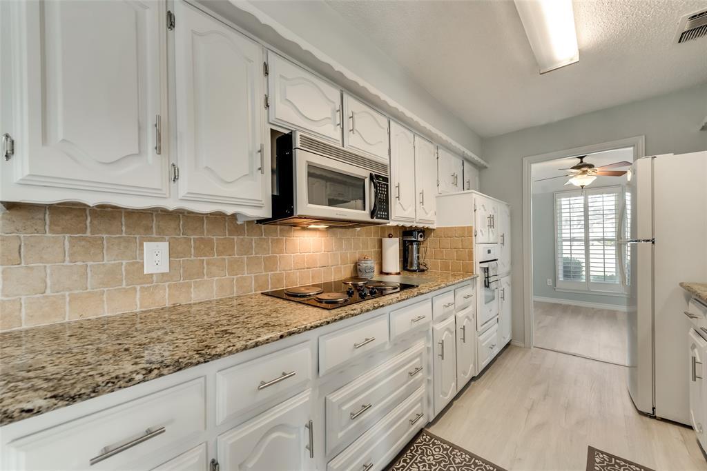 305 Stony Creek Drive, DeSoto, Texas 75115 - acquisto real estate best listing listing agent in texas shana acquisto rich person realtor