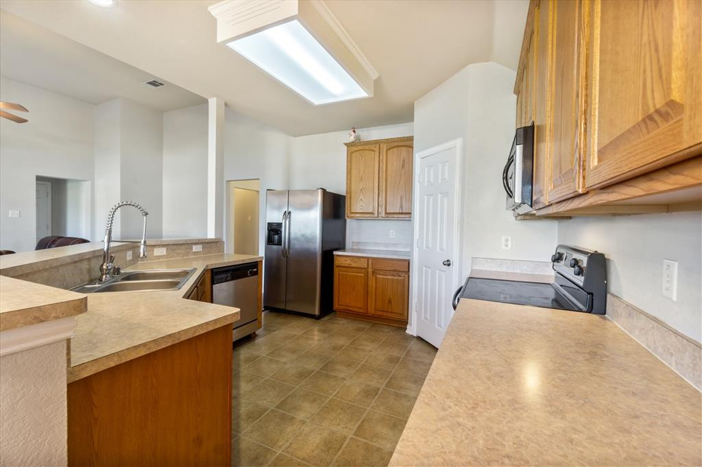 11210 Country Ridge  Lane, Forney, Texas 75126 - acquisto real estate best realtor dfw jody daley liberty high school realtor