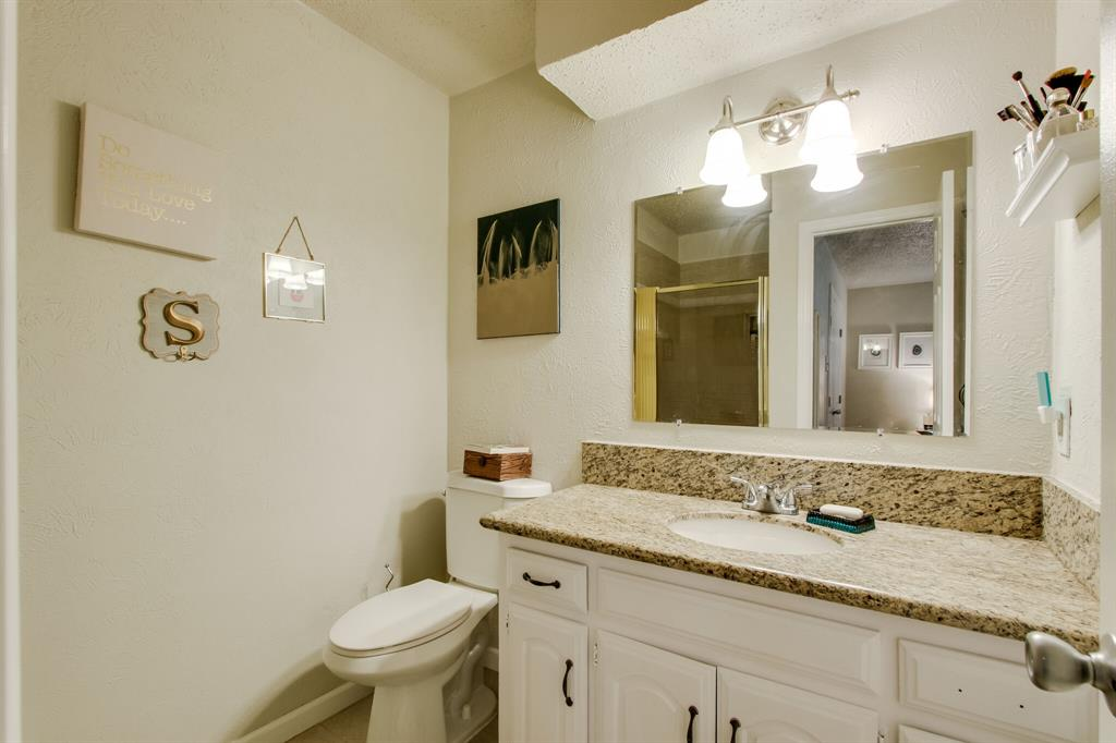 822 Century Park Drive, Garland, Texas 75040 - acquisto real estate best realtor dallas texas linda miller agent for cultural buyers