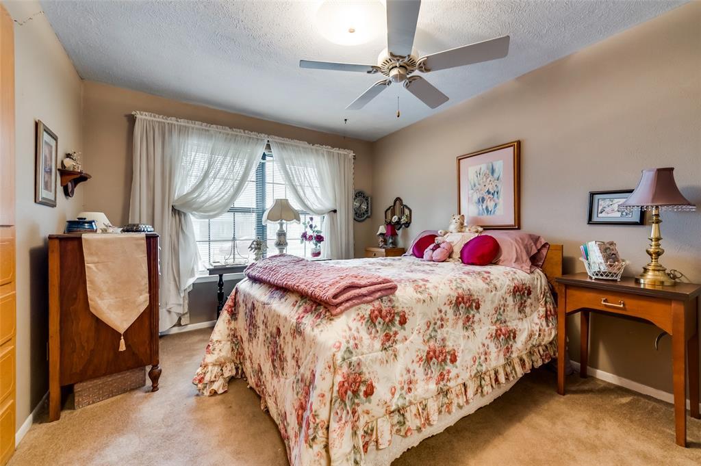 1109 Southgate Drive, Garland, Texas 75041 - acquisto real estate best designer and realtor hannah ewing kind realtor