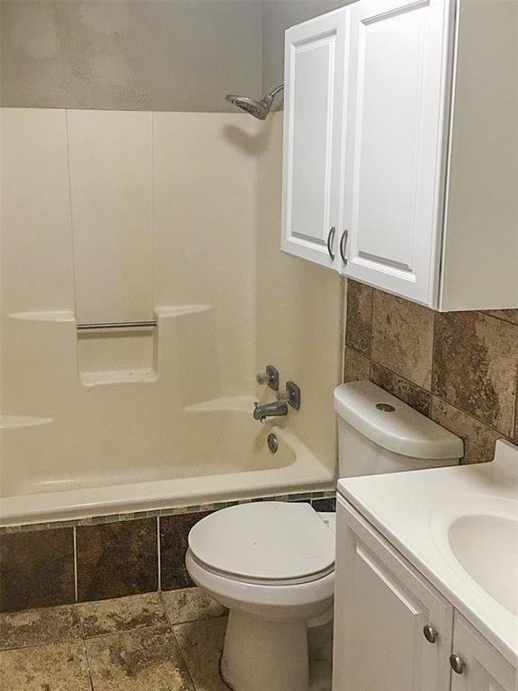 212 Brook Circle, Krum, Texas 76249 - acquisto real estate best luxury buyers agent in texas shana acquisto inheritance realtor
