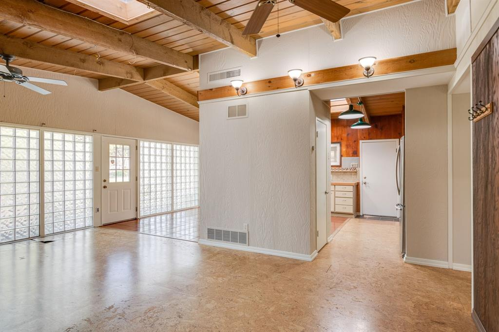 1941 Standish Drive, Irving, Texas 75061 - acquisto real estate best new home sales realtor linda miller executor real estate