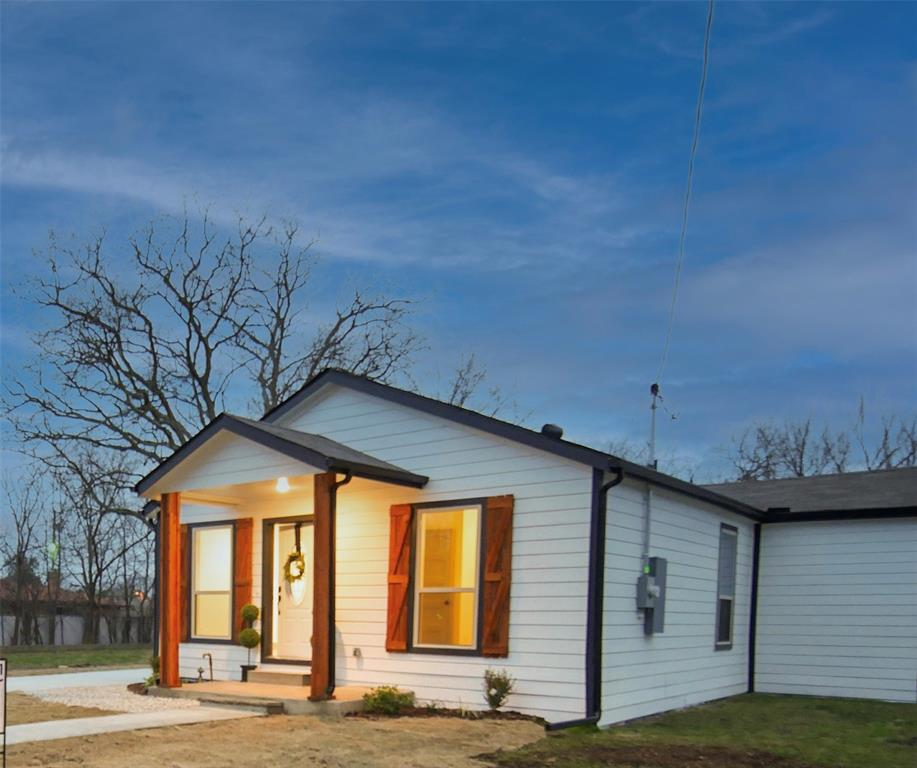 4506 Pickett Street, Greenville, Texas 75401 - acquisto real estate best the colony realtor linda miller the bridges real estate