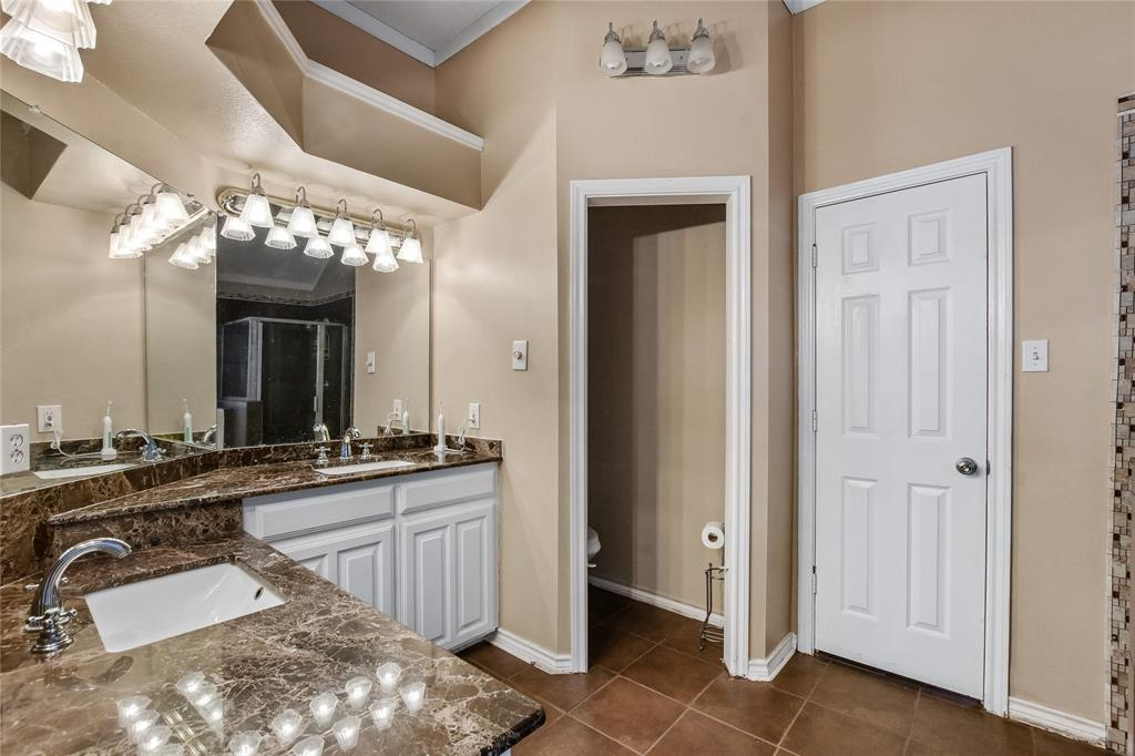 113 Dennis Drive, Cedar Hill, Texas 75104 - acquisto real estate best investor home specialist mike shepherd relocation expert