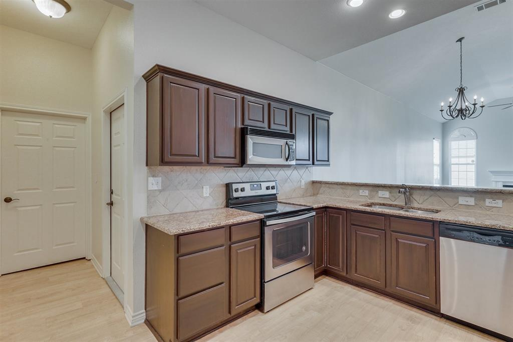 2601 Marsh Lane, Plano, Texas 75093 - acquisto real estate best investor home specialist mike shepherd relocation expert