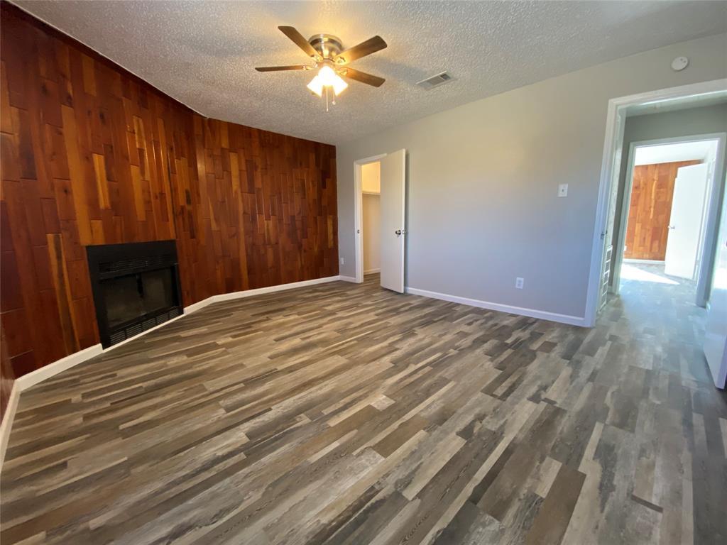 58 Mountain Creek Court, Grand Prairie, Texas 75052 - acquisto real estate best negotiating realtor linda miller declutter realtor
