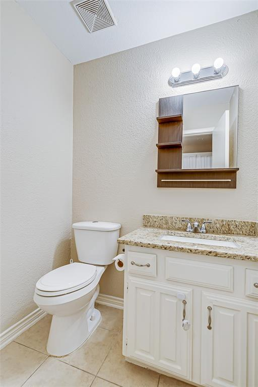 2109 Via Estrada Carrollton, Texas 75006 - acquisto real estate best highland park realtor amy gasperini fast real estate service