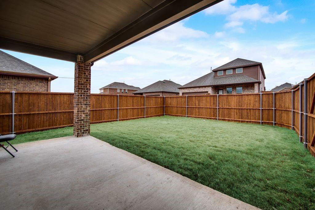 8326 Sitka Street, Frisco, Texas 75035 - acquisto real estaet best boutique real estate firm in texas for high net worth sellers