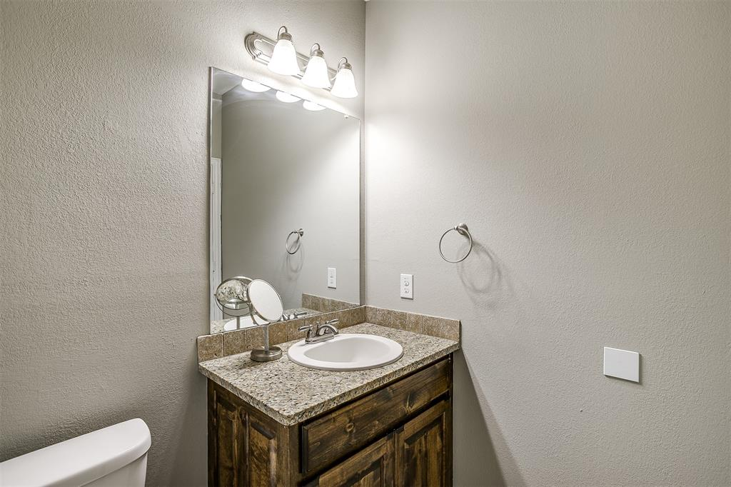 500 Links Drive, Godley, Texas 76044 - acquisto real estate best designer and realtor hannah ewing kind realtor