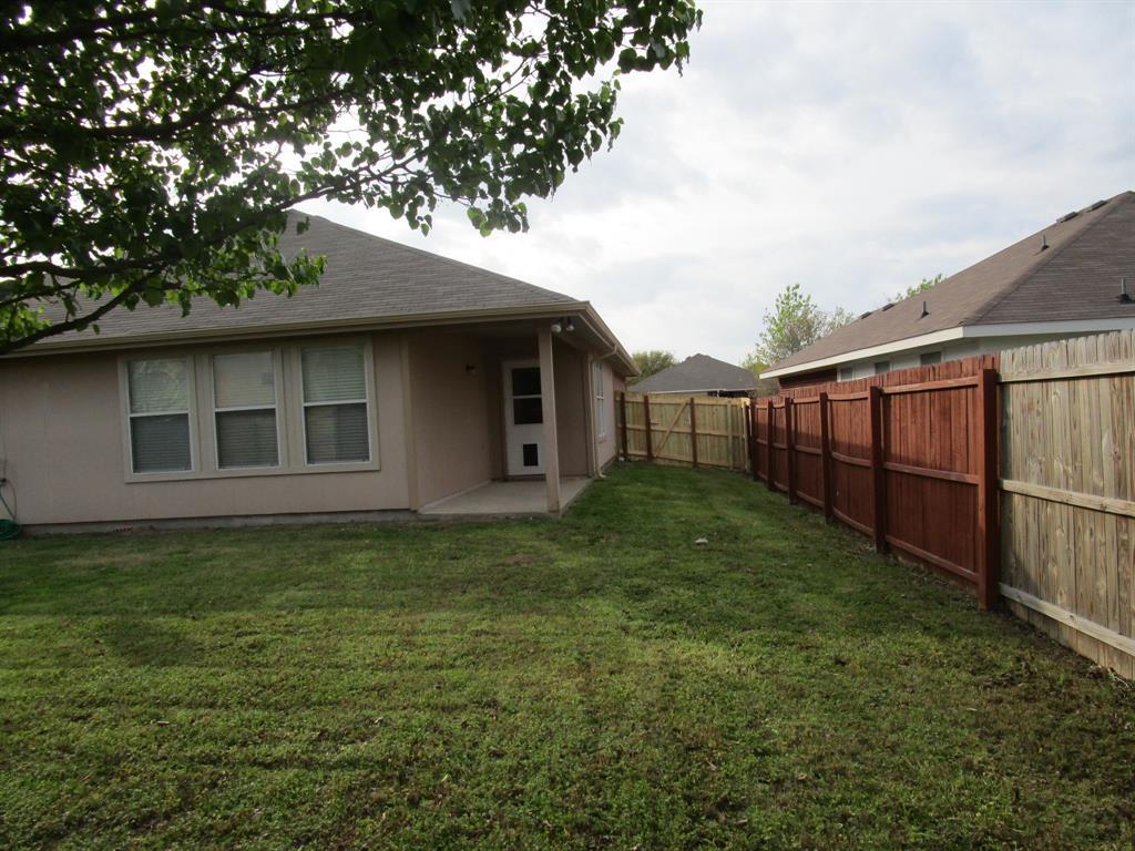 2050 Old Glory Lane, Heartland, Texas 75126 - acquisto real estate best prosper realtor susan cancemi windfarms realtor