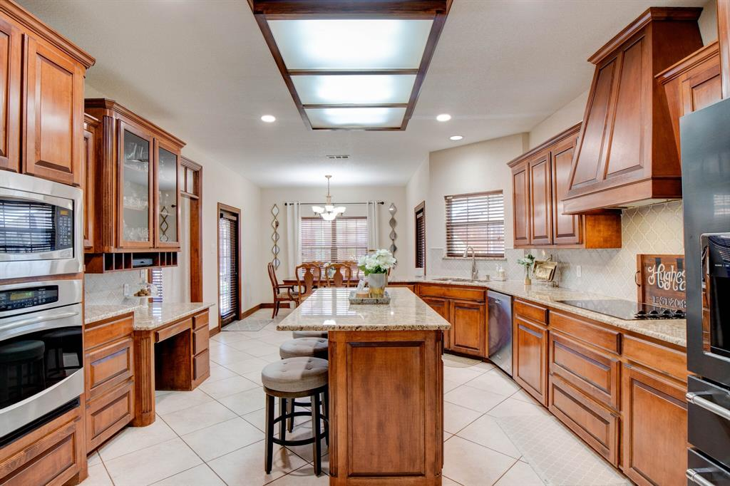 1805 Westhill Drive, Cleburne, Texas 76033 - acquisto real estate best designer and realtor hannah ewing kind realtor