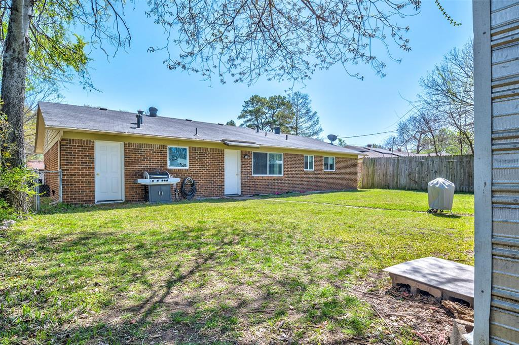 1205 Norwood Drive, Hurst, Texas 76053 - acquisto real estate mvp award real estate logan lawrence