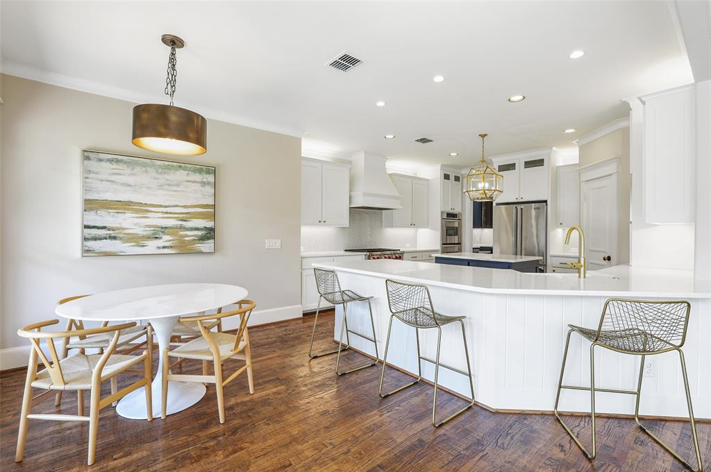 6138 Vickery Boulevard, Dallas, Texas 75214 - acquisto real estate best real estate company to work for