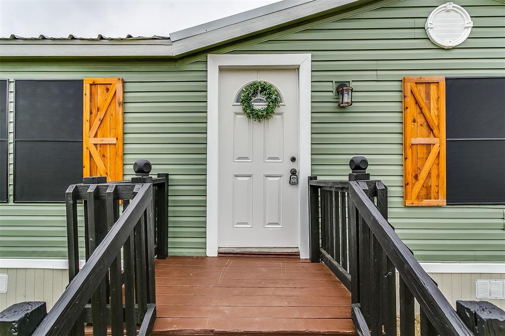 5925 Wild Berry  Trail, Joshua, Texas 76058 - acquisto real estate best prosper realtor susan cancemi windfarms realtor