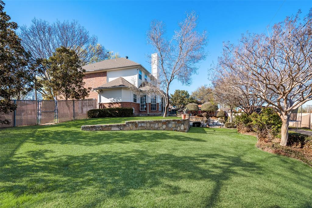 1506 Canterbury Court, Grand Prairie, Texas 75050 - acquisto real estate best negotiating realtor linda miller declutter realtor