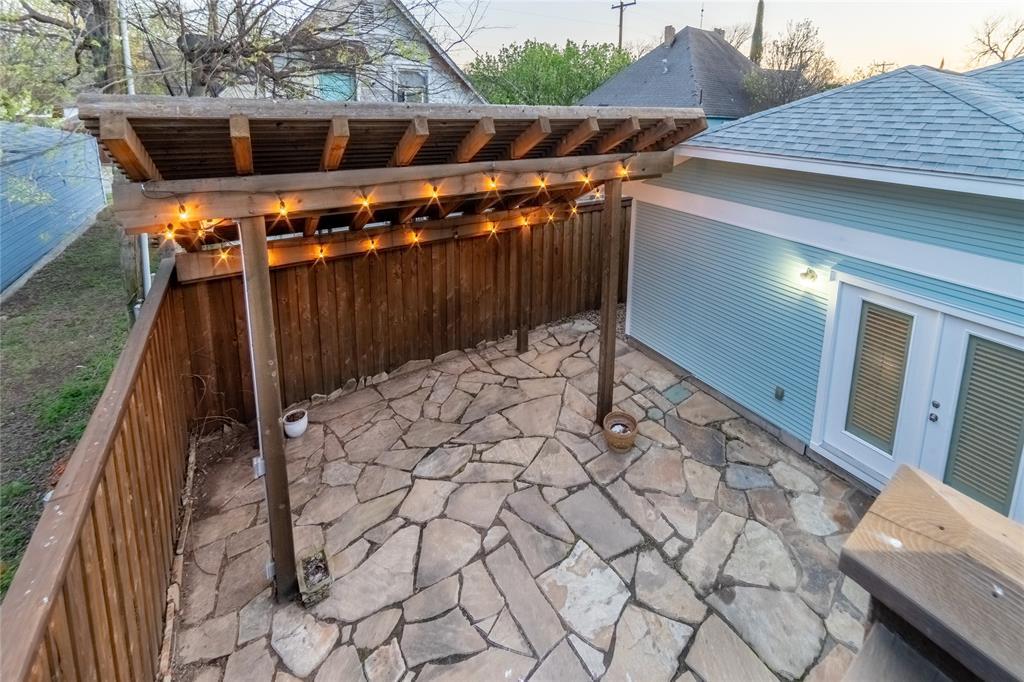 1325 Fairmount Avenue, Fort Worth, Texas 76104 - acquisto real estate smartest realtor in america shana acquisto
